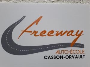Panneau salle Freeway1